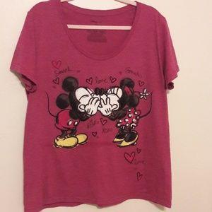 Disney Mickey and Minnie tshirt